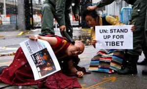 One million stand for Tibet
